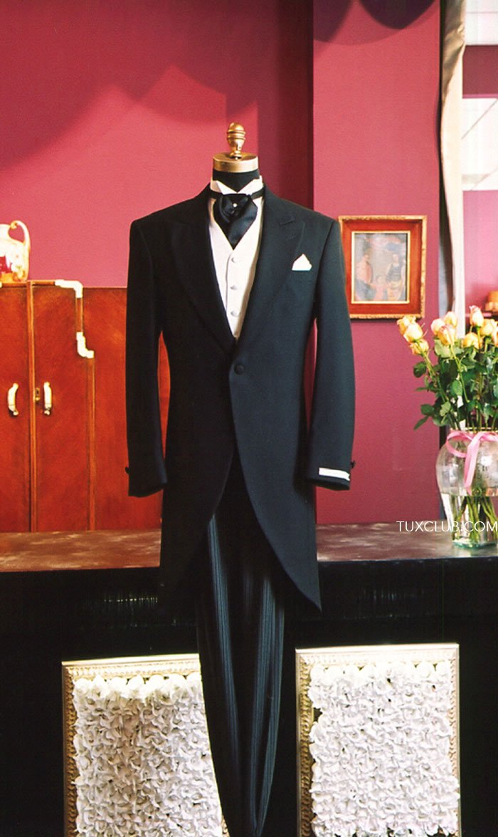 suits for school dances san diego