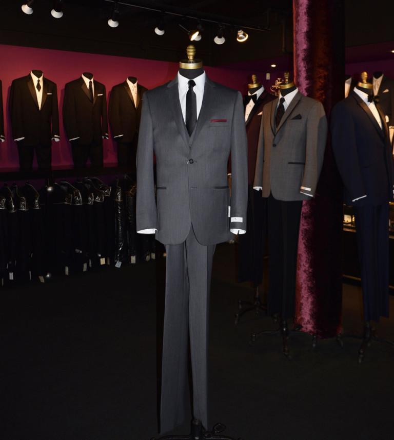 DSC_8827-Michael_Koors_Charcoal_suit_tuxclub_web