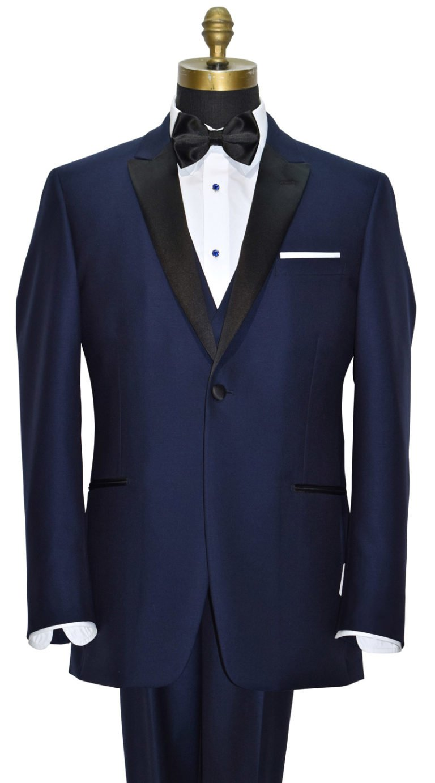 Wedding-Tuxedos-Season